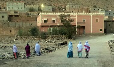 Frauen in Marokko © (2016) Tobias Grimbacher