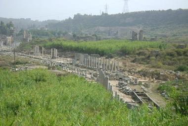 Antike Ruinen Perge - Antalya 2010 -©07 özlem arli